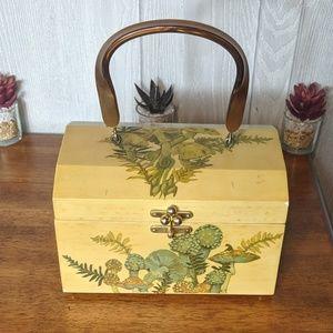 EUC VTG mushroom box purse w/ handle